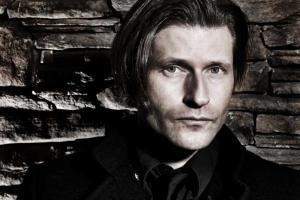 An undisclosed film starring Crispin Glover will be playing at the Sentient Bean.